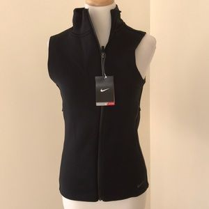 Nike Therma fit small black warm insulated vest .